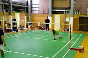 全日本社会人でチャンピオン経験のある小町谷選手のレシーブ練習。