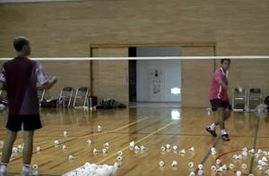 スパーリングコーチ シギット選手の鮮やかなフェイント